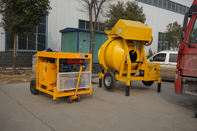 concrete pump with diesel engine