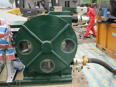 Hose pumps for Drilling mud in the oil industry