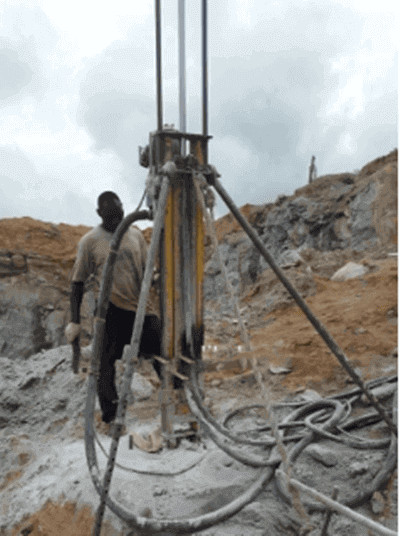 DTH drilling machine for rock