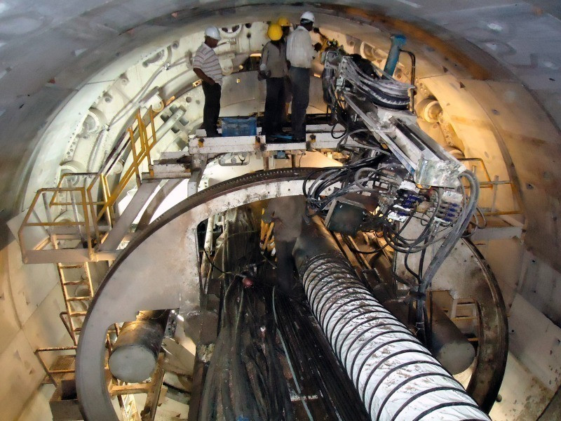Squeeze pump used for tunneling and TBM project