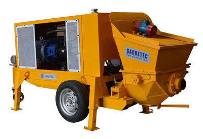 Wet shotcrete machine for tunnel