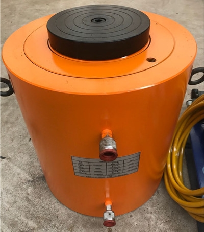 suitable type hydraulic jack