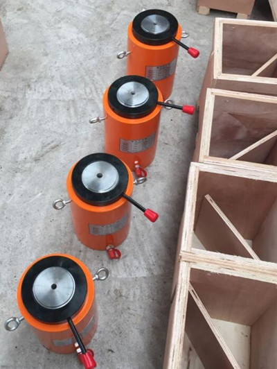 support heavy objects hydraulic jacks
