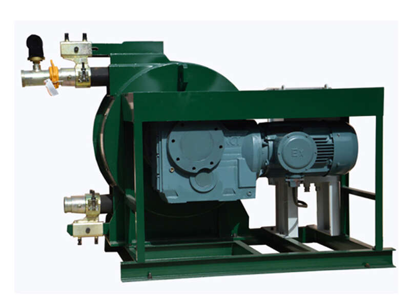 squeeze pump for pumping oil sludge and slurry