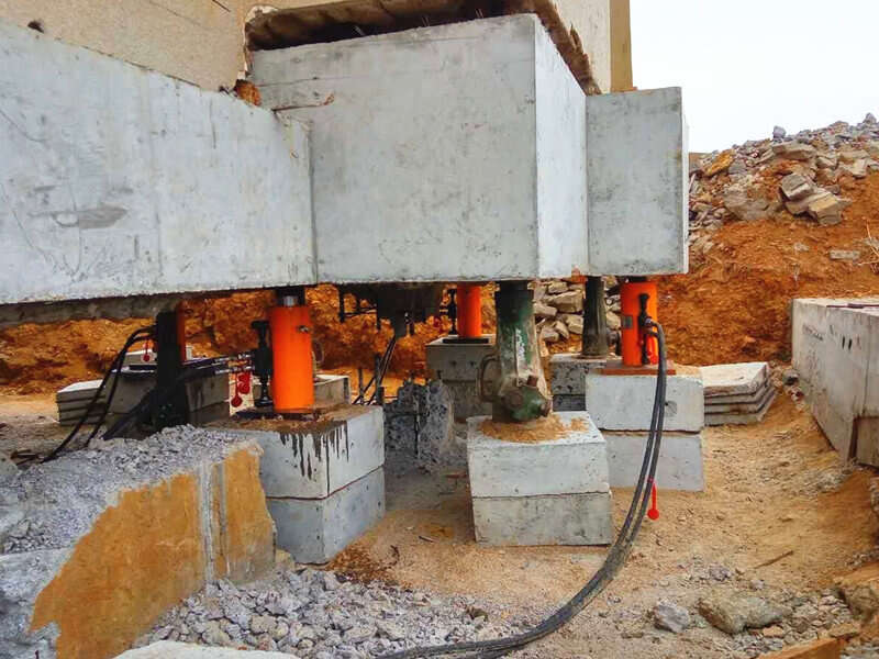 lifting Bridge, pushing tunnel hydraulic cylinder
