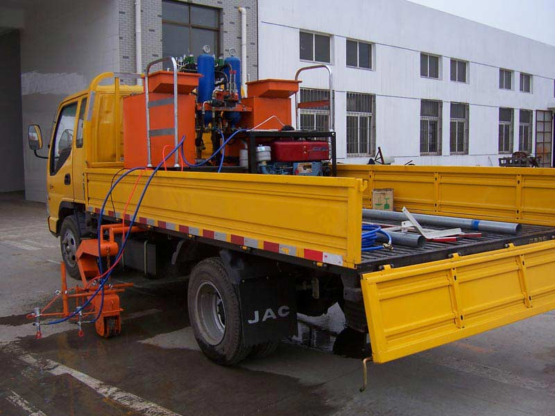 Double Cylinder Cold Paint Truck mounted Road Marking Machine